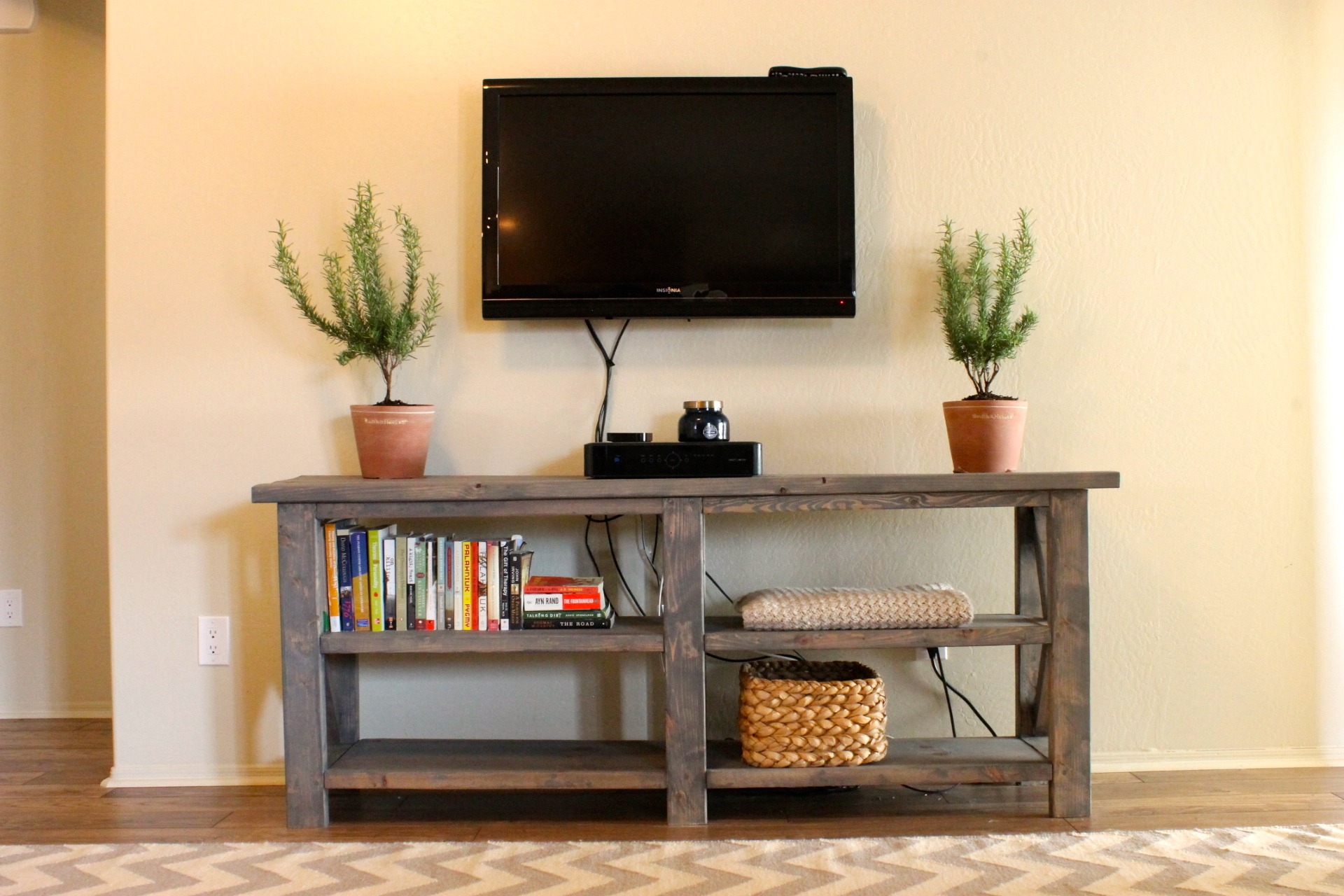 diy x console table me three and counting. Black Bedroom Furniture Sets. Home Design Ideas