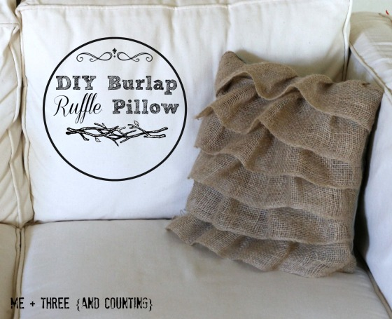 DIY Burlap Ruffle Pillow {tutorial}