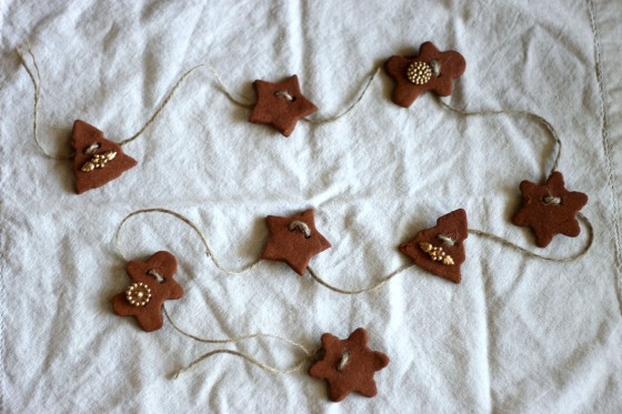 DIY Cinnamon Ornament Garland1